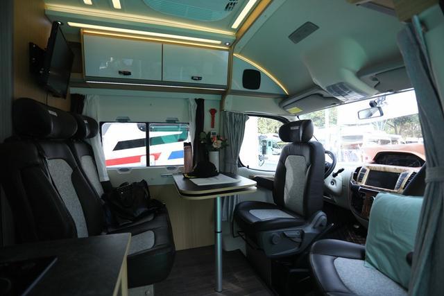 卫航上市了一款全新的大通长轴B型房车