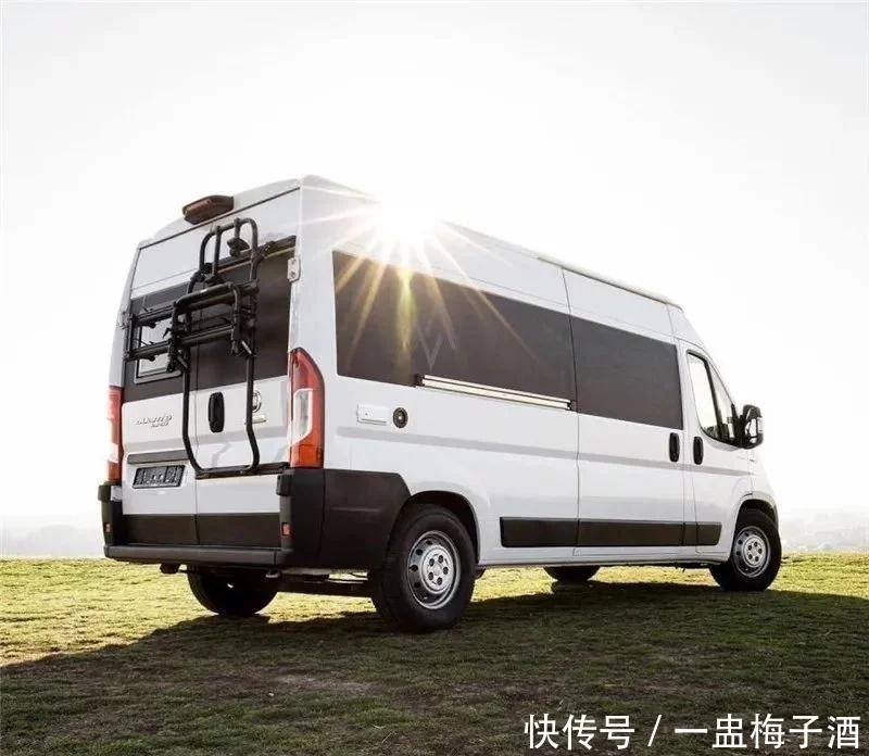 菲亚特新款房车亮相!配2.3T柴油机动力超依维柯,内部挺实用