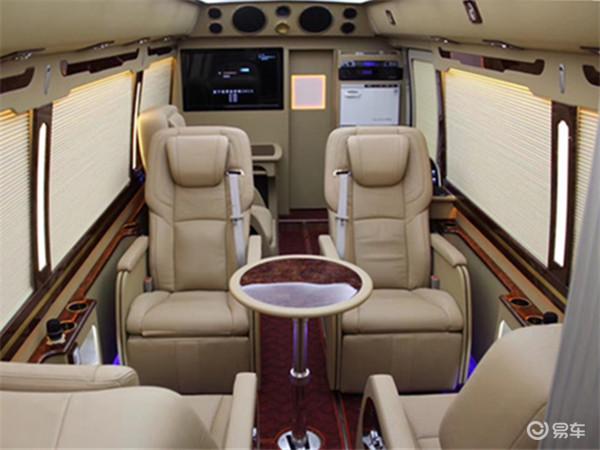 机场接送贵宾用的商务房车,机场接待大老板董事长用的商务房