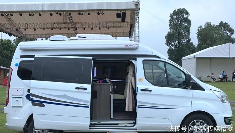 适合夫妻的小房车,能代步能旅行,C照就能开