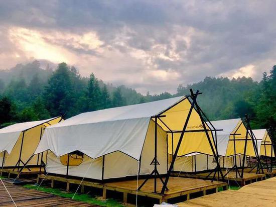 房车营地,穿岩山景区又添新业态——国庆中秋长假向游人开